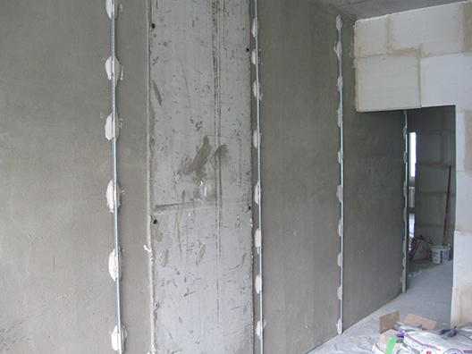 Маяки на стене под штукатурку